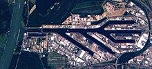 220px-Karlsruhe-Rheinhafen-from-ISS-1