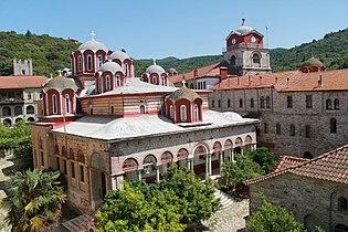 Katholikon in the Esphigmenou monastery.jpg