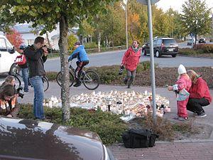 Candlelight vigil - Image: Kauhajoen koulusurma 28