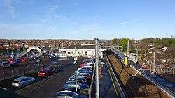 Kilwinning railway station, North Ayrshire. View of Glasgow - Ayr and Glasgow - Largs platforms.jpg