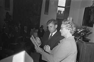 P. C. Hooft Award - Image: Klompe Reve