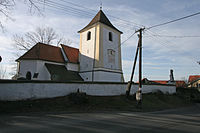 Kostel sv. Jana Křtitele (Perálec) 04.JPG