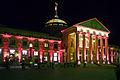 Kurhaus Wiesbaden illuminiert Portal.jpg