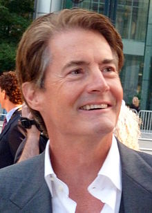 Kyle MacLachlan interprète le Capitaine.