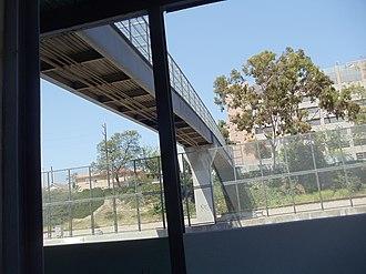 LA County+USC Medical Center station - Image: LAC & USC Med. Center Metro Silver Line Station 2