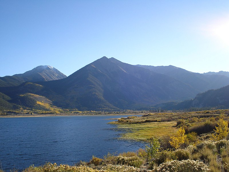 File:La Plata Peak and Twin Lakes.jpg