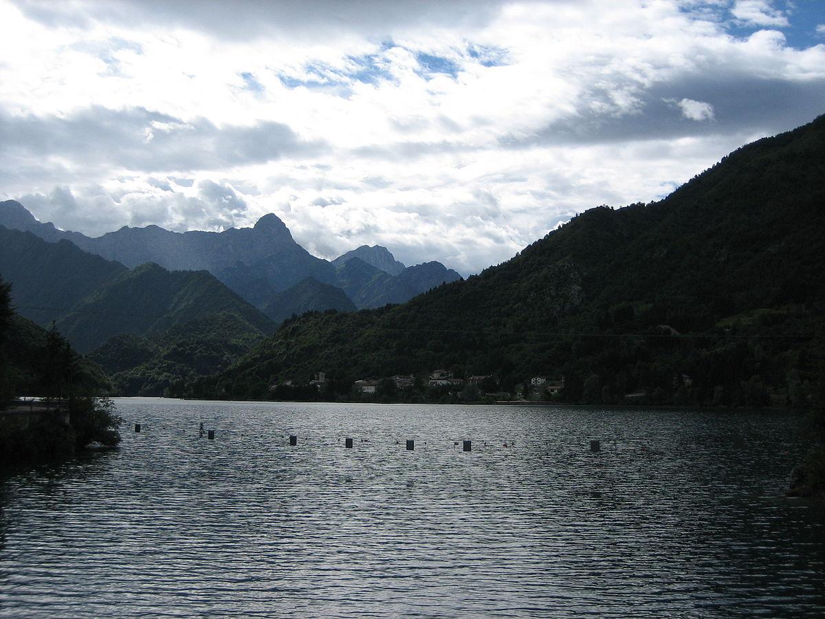 Lago di barcis wikipedia for Lago n