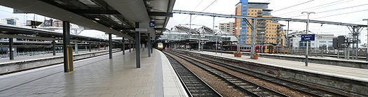 The western end of Leeds Railway station.
