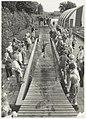 Leerlingen van de dr.Bavinckschool sloten het 60-jarig jubikeumfeest van hun school af met een dag in het speelparadijs Linnaeushof. NL-HlmNHA 54031719.JPG