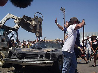 24 Hours of LeMons - Car being destroyed at Altamont, 7–8 July '07