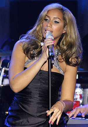 Leona Lewis - Lewis performing at the Clive Davis Pre Grammy Gala in 2009