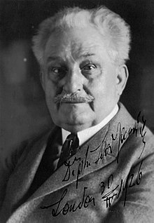 Леош Яначек (1926) .jpg