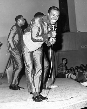 Soul music - Levi Stubbs singing lead with the Four Tops in 1966