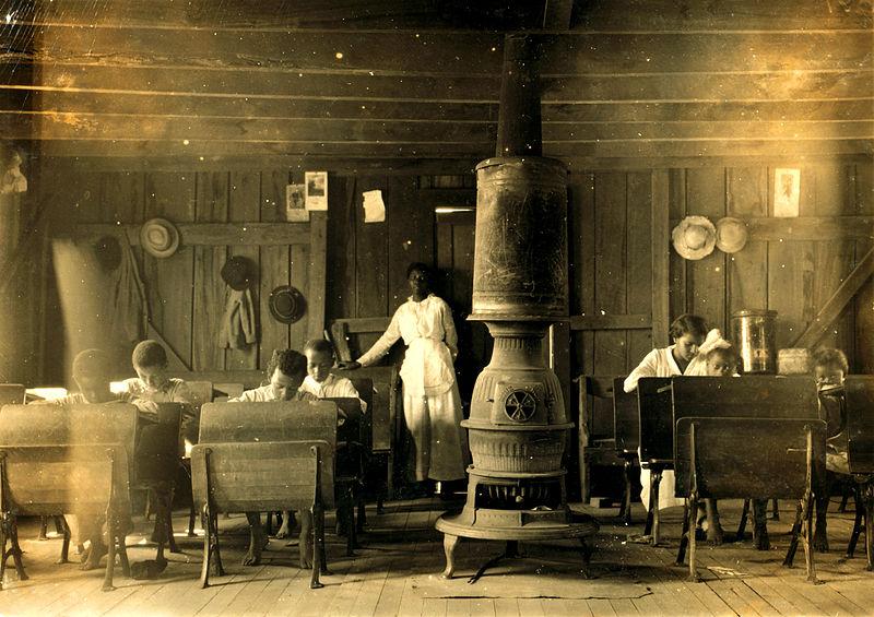 File:Lewis Hine, Colored school at Anthoston, Kentucky, 1916.jpg