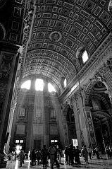 Lightmatter stpeterscathedral vatican 2.jpg