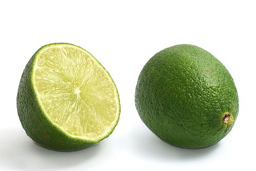 Limes whole and halved.jpg