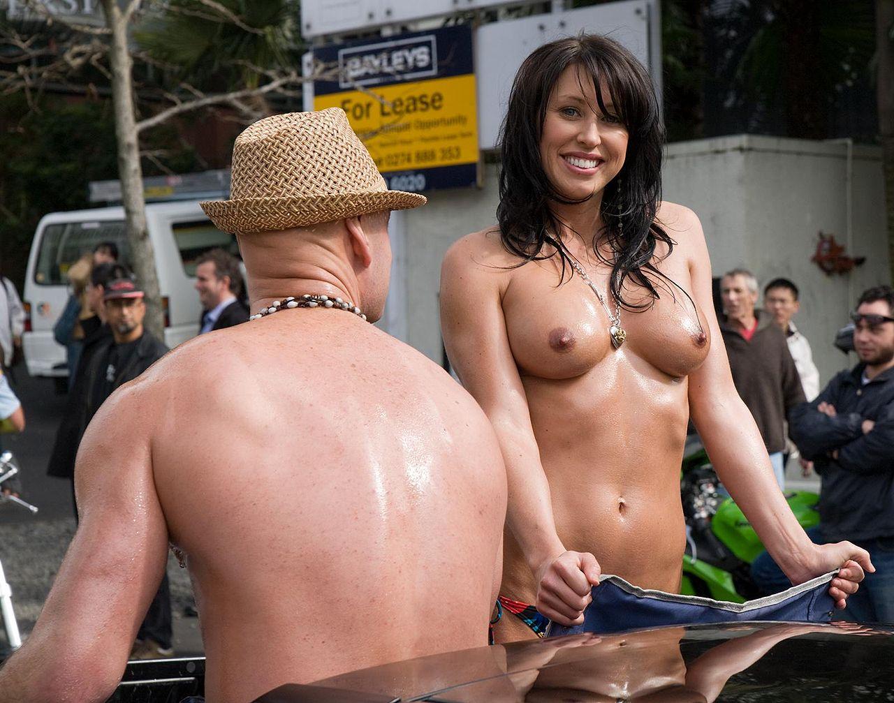 Lisa Lewis Nude 62