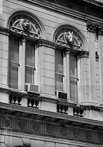 Louisville City Hall - Image: Louisville city hall detail