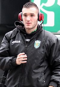The 28-year old son of father (?) and mother(?), 181 cm tall Lucas Pérez in 2017 photo