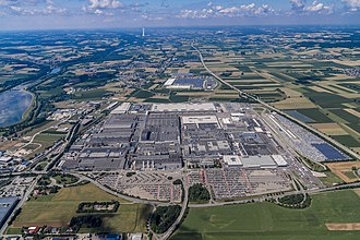 BMW Group Plant Dingolfing - Image: Luftaufnahme BMW Group Werk Dingolfing