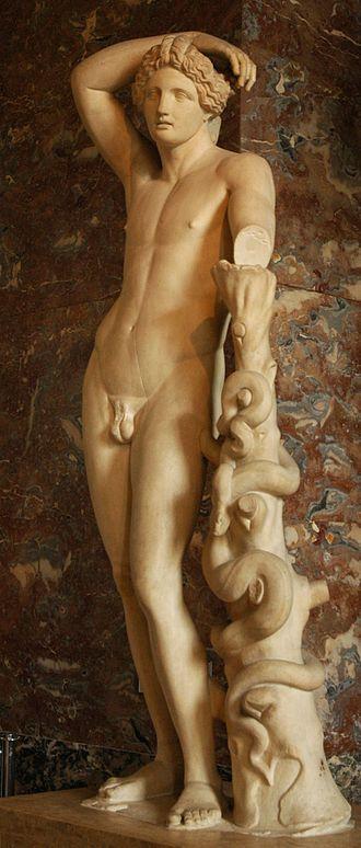 Lyceus - A statue of the Apollo Lykeios type at the Louvre