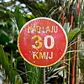 Malaysia Traffic-signs Regulatory-sign-03.jpg