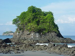 Manuel Antonio National Park - Coastal formation in Manuel Antonio National Park