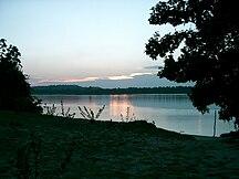 Surinam--Fil:Maroni Fluss Sonnenaufgang