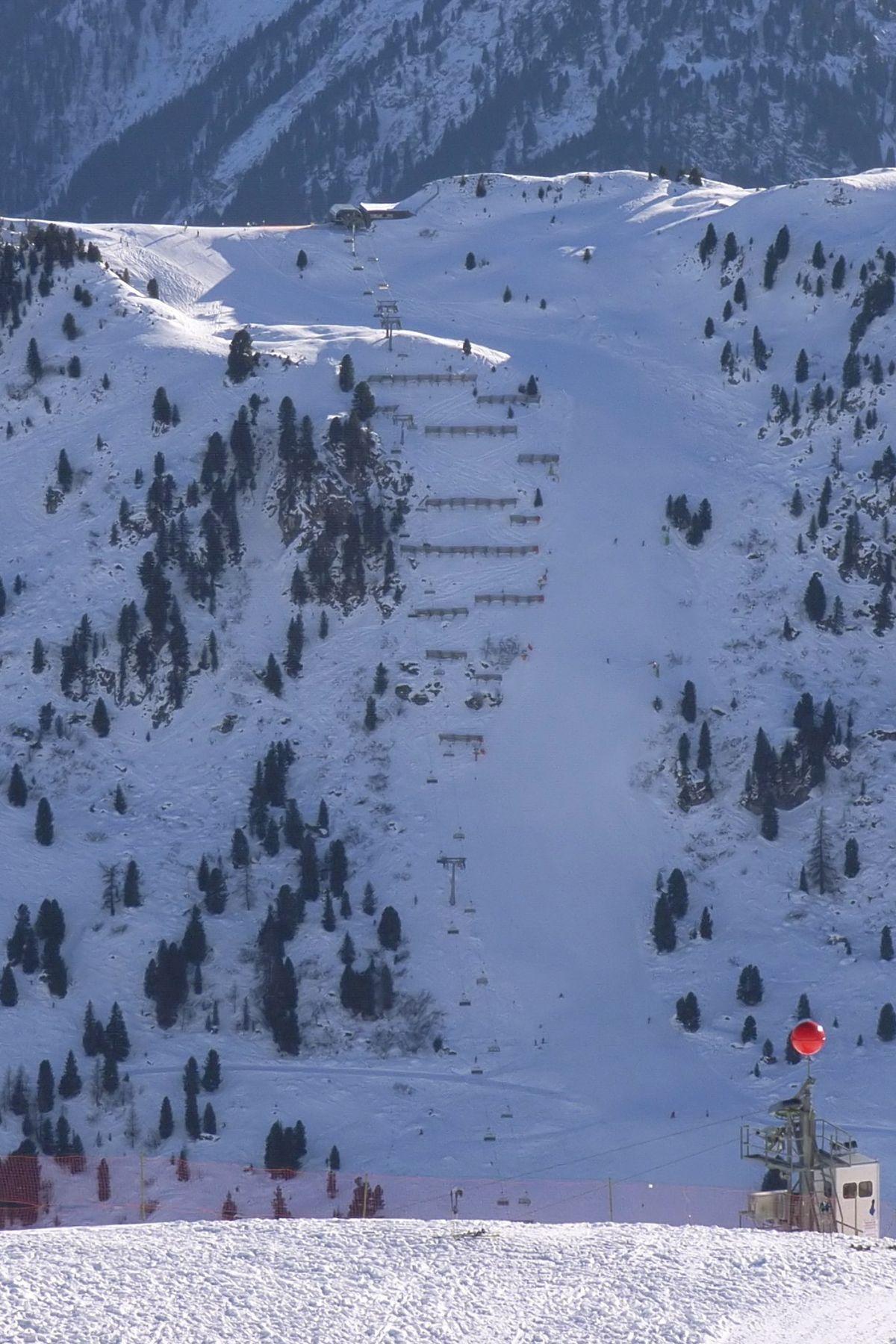 Harakiri piste de ski wikip dia for Piste de ski interieur