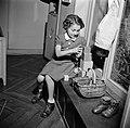 Meisje spelend met blokken, Bestanddeelnr 252-9357.jpg