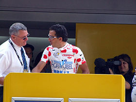 Mercado signing in at the 2006 Tour de France.jpg