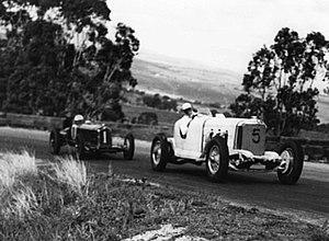 1947 Australian Grand Prix - Lex Davison (Mercedes-Benz 38-250) placed third on handicap, set fastest race time and won the Over 1500cc Championship