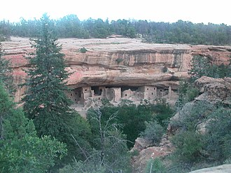Agriculture in the prehistoric Southwest - At Mesa Verde, the people lived below and farmed on top of the mesa contending with both short growing seasons and frequent drought.