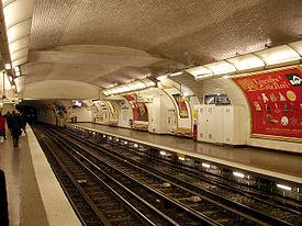 Metro de Paris - Ligne 3 - Anatole France 05.jpg