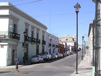 Capture of Oaxaca (1812) - A street view from the colonial part of Oaxaca, taken by Morelos in 1812.