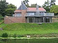 Modern house overlooking the Stour - geograph.org.uk - 1690983.jpg