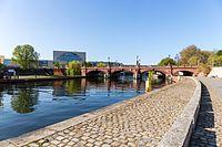 Moltkebrücke, Berlin-Mitte, 160505, ako.jpg