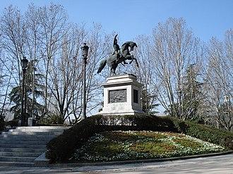 Parque del Oeste - Monument of José de San Martín, by French sculptor Louis-Joseph Daumas.