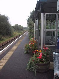 Morchard Road railway station looking northwest in 2008.jpg