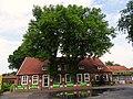 ND-LER 081 2 Linden Hesel Ortsmitte an der alten Posthalterei.jpg