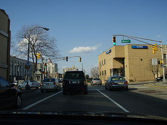 Fort Lee, New Jersey - Fort Lee Koreatown (포트 리 코리아타운) is centered at the intersection of Main Street and Route 67 (Lemoine Avenue).