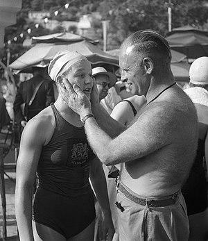 Nel van Vliet - Image: Nel van Vliet and Jan Stender 1947