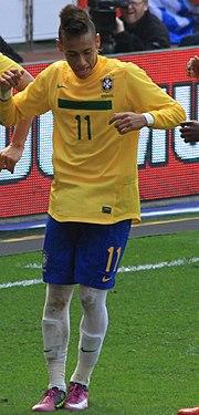 Neymar comemorando um gol pela Seleção Brasileira. 26cf3f7df36d4
