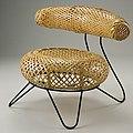 Noguchi Kenmochi Chair.jpg