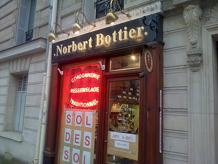 Norbert Bottier, Cordonnier à Paris 15.jpg