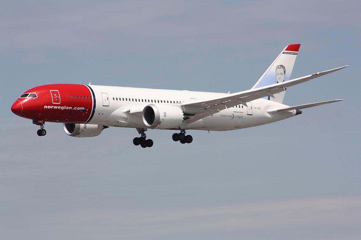 Image of a Norwegian Air Boeing Dreamliner
