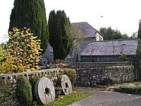 Old corn mill at Rhydowen.jpg