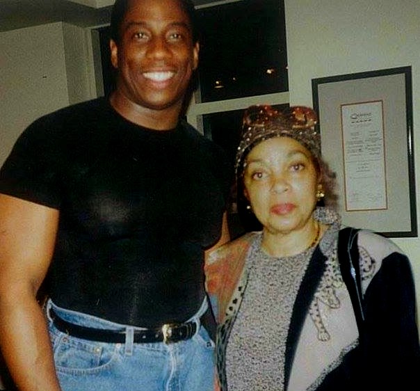 Opera star Stacey Robinson (left) with actress Ruby Dee in 1998