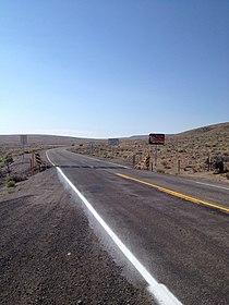 Oregon Route 140 meets Nevada Route 140.jpg