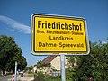 Ortseingang - Friedrichshof - panoramio.jpg